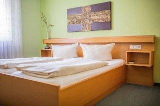 https://www.hotelwiendl.de/wp-content/uploads/2016/02/Doppelzimmer-Regensburg-320x213.jpg