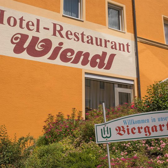 https://www.hotelwiendl.de/wp-content/uploads/2016/09/Wiendl-Hotel-Regensburg4-540x540.jpg